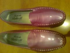 Beautiful pink-crimson loafers. Italy. New