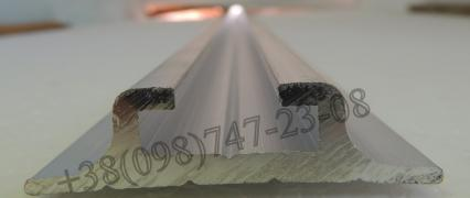Slide rail (skids) aluminum for the mounting seat of the bus